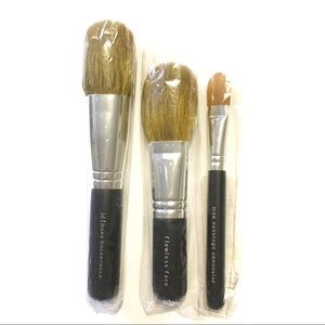 3 Bare Essentials Minerals Makeup Brushes NWT
